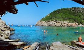 BENIRRAS strand ibiza top 25 mooiste locaties Spanje