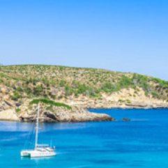 cropped-ibiza-cala-benirras-strand-vakantie.jpg