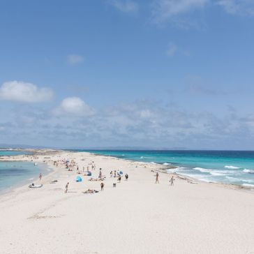 strandvakantie beautiful-beach-formentera-ibiza 45