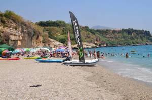 mooiste strand costa del sol playa-de-Burriana-in-Nerja vakantie zuid spanje 002