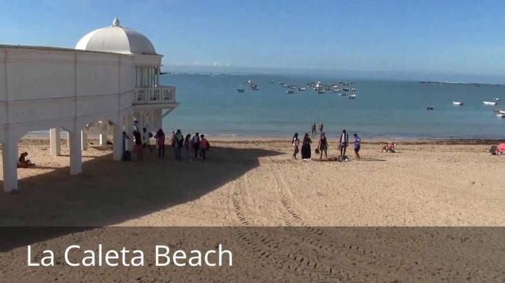 la caleta beach Malaga - mooi strand vakantie spanje 001