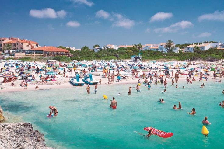 Calan-Bosch strand menorca ideaal voor kinderen