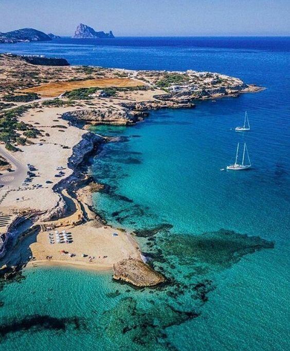mooiste stranden ibiza Playa Cala Comte