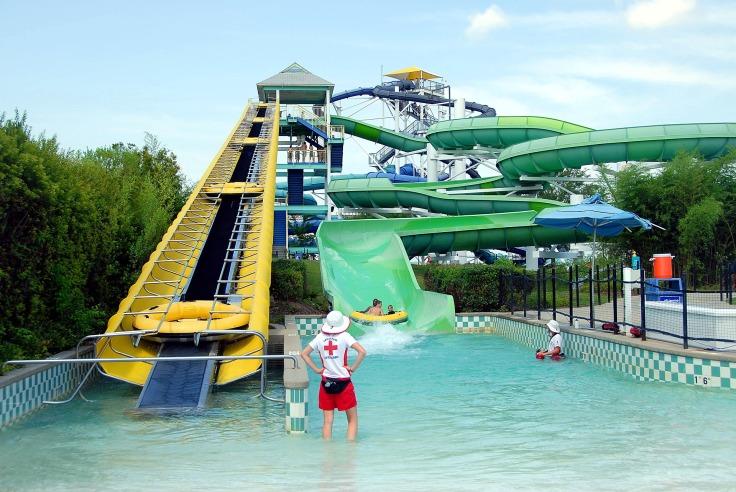 waterpark spanje aquapark met glijbanen 7243236 123