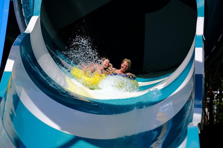 waterpark spanje aquapark met glijbanen