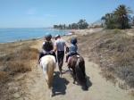 paard-rijden-op-het-strand-in-estepona-een-van-de-leuke-uitjes-voor-kinderen-vakantie-costa-de-sol-1